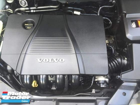 2010 VOLVO S40 2010 Volvo S40 2.0 A 62488KM