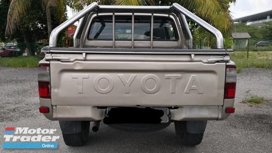 2004 TOYOTA HILUX Toyota hilux Blacklist boleh loan
