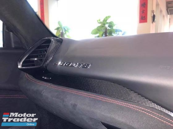 2016 FERRARI 488 GTB UK SPEC CARBON TRIM