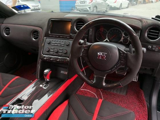 Nissan GTR R35 Alcantara Seat and Carbon Fiber Interior Int. Accessories > Interior parts