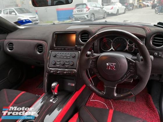 Nissan GTR R35 Int. Accessories > Interior parts