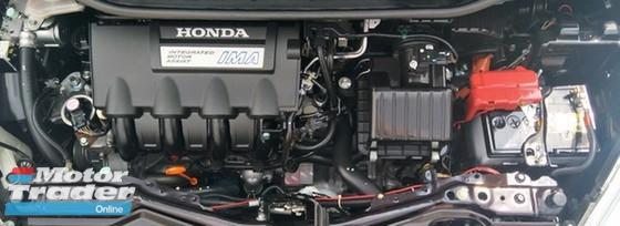 2014 HONDA JAZZ 1.3 (A) HYBRID FULL SERVICE RECORD