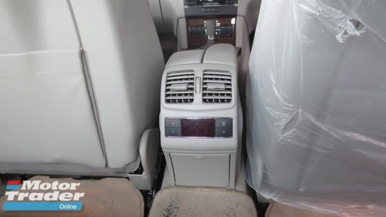 2010 MERCEDES-BENZ E-CLASS E200 AT