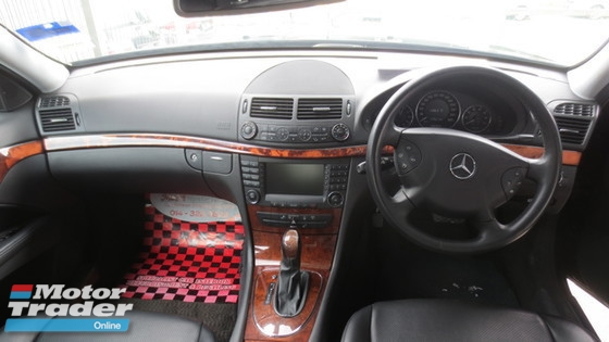 2009 MERCEDES-BENZ E-CLASS E240