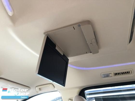 2015 TOYOTA VELLFIRE 2.5 Dual VVT-i 7 SCVT-i 4 Surround Camera Automatic Power Boot 2 Power Door Intelligent LED Smart Entry Push Start 9 Air Bag Unreg