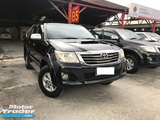 2013 TOYOTA HILUX DOUBLE CAB 2.5G (AT) 4WD