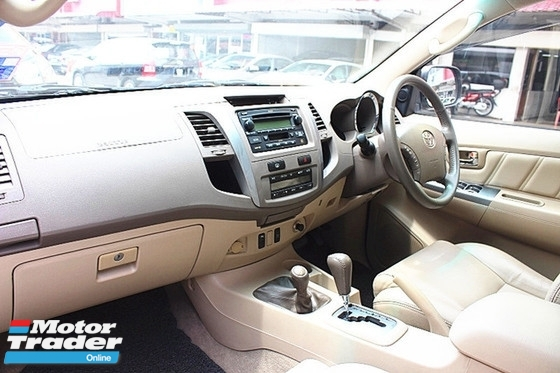 2007 TOYOTA FORTUNER 2.7 V (ACTUAL YR MADE 2007)