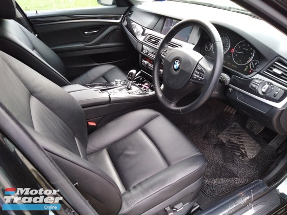 2011 BMW 5 SERIES 523I 1 CHINESE OWNER EASY LOWN PROCESS 3 DAYS APPROVAL LIKE NEW CAR CONDITION