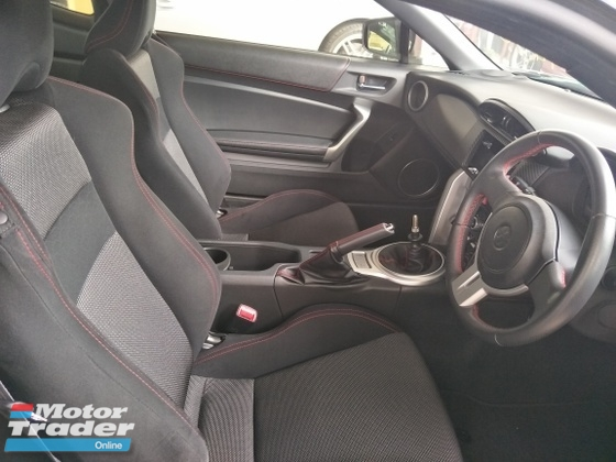 2015 TOYOTA 86 2.0 MANUAL 6 SPEED 200 HP