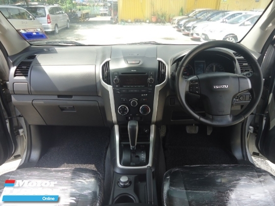 2013 ISUZU D-MAX 2013 Isuzu D-Max 2.5 (A) 4WD 1 Owner Town Use Only