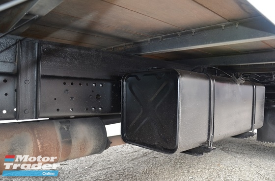 2010 HICOM PERKASA MTB150DX Box Van Bonded Aluminium Resak Floorboard 5000kg Green Engine 14ft