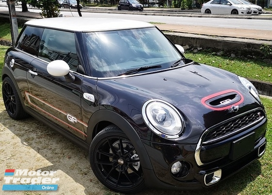 2015 MINI 3 DOOR 2015 MINI COOPER S 2.0A TWIN TURBO NEW FACELIFT JAPAN SPEC SELLING PRICE ( RM 153000.00 NEGO )