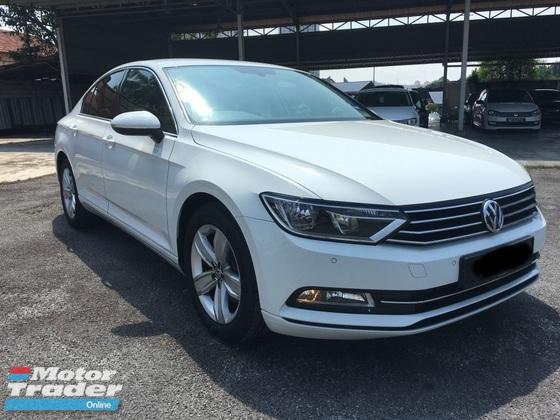 2018 VOLKSWAGEN PASSAT 1.8 Trendline Demo Car