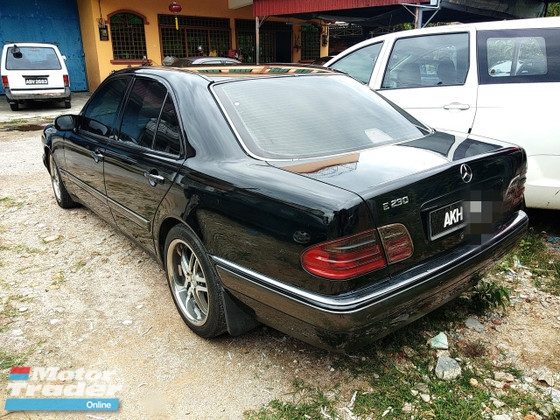 1997 MERCEDES-BENZ E-CLASS E230 2.3 FULL Spec(AUTO)1997 Only 1 UNCLE Owner, 135k Mileage, TIPTOP, ACCIDENT-Free, DIRECT-Owner, NEGOTIABLE