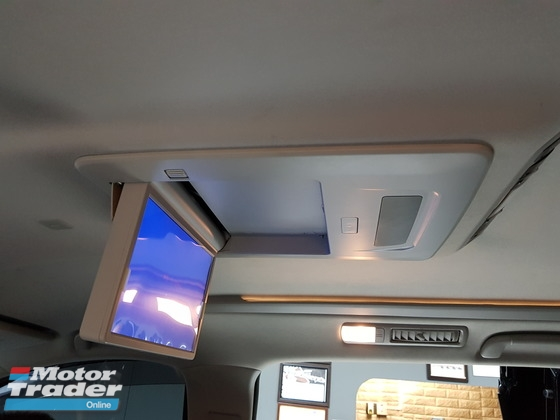 Super slim roof monitor for mpv  In car entertainment & Car navigation system > Camera and video in car