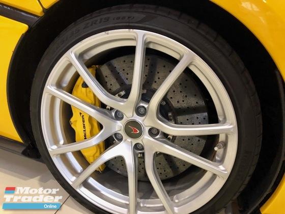 2016 MCLAREN 570 3.8 (A) V8 TWIN TURBO SUPER SPORT UNREG