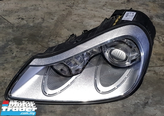 PORSCHE Cayenne 957 HEAD LAMP NEW USED RECOND AUTO CAR SPARE PART MALAYSIA