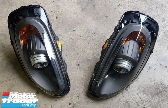 Ferrari 599 GTB HEAD LAMP NEW USED RECOND CAR PARTS SPARE PARTS AUTO PART HALF CUT HALFCUT GEARBOX TRANSMISSION FERRARI MALAYSIA
