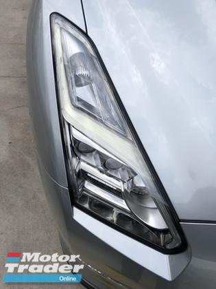 2014 NISSAN GT-R GTR R35 3.8 Premium Edition New Facelift Z Daylight BOSE® Surround Blistein® Suspension Brembo® Brake Smart Entry Push Start Paddle Shift Steering Bluetooth Reverse Camera Unreg
