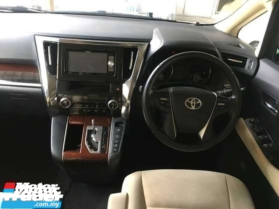 2015 TOYOTA VELLFIRE 2.5 0SST.TRUE YEAR CAN PROVE 15 UNREG.3 POWER DRS N BOOT.360 SURROUND CAMERA.DVD.FREE WARRANTY N MANY GIFTS