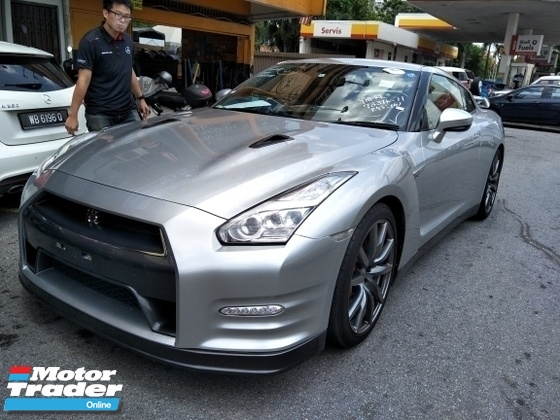 2014 NISSAN GT-R 3.8 TWIN TURBOCHARGED PREMIUM EDITION BOSE SOUND SYSTEM