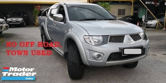 2008 MITSUBISHI TRITON 2.5 AUTO, 4X4, TOWN USED, NO OFF ROAD, WELL MAINTAIN, ACC FREE, FULL LOAN, PJ LOCATION, SELLING LOW PRICE