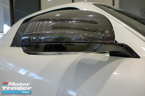 2011 MERCEDES-BENZ SLS AMG STANDARD