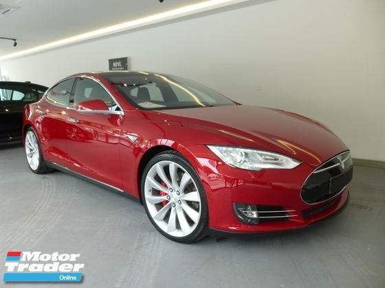 2015 TESLA MODEL S P85D Fully Electronic Car. HIGHEST GRADE CAR. GENUINE LOW MILEAGE. P90D