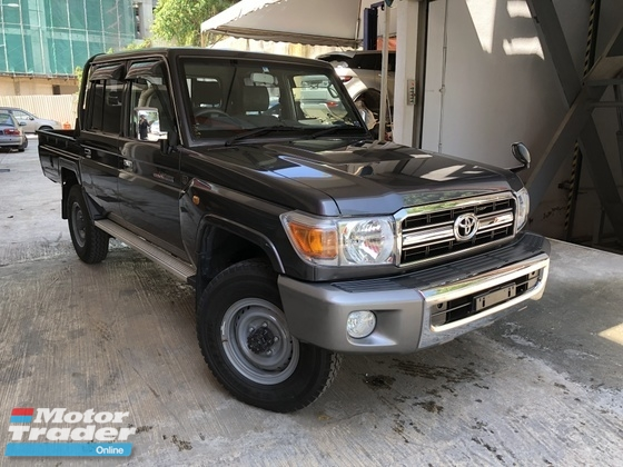2014 TOYOTA LAND CRUISER Truck 30th Anniversary 4.0 V6 Manual Unreg 1 and Only Unit In Malaysia NO SST
