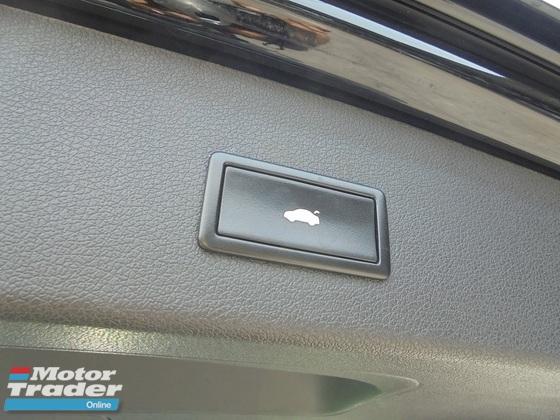 2011 AUDI Q5  2.0 TFSI Quattro S Line Keyless PushStart Powerboot LikeNEW