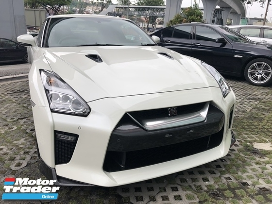 2016 NISSAN GT-R Black addition