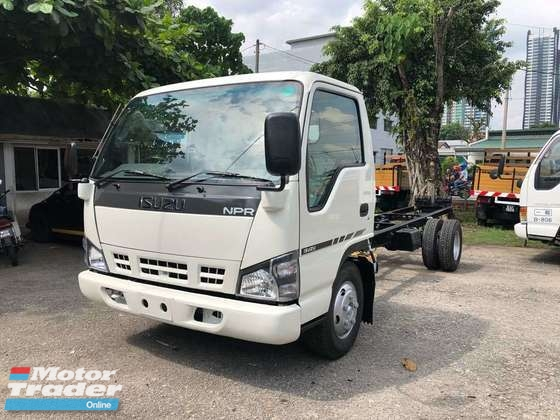 2018 ISUZU NPR 3 ton recon lorry