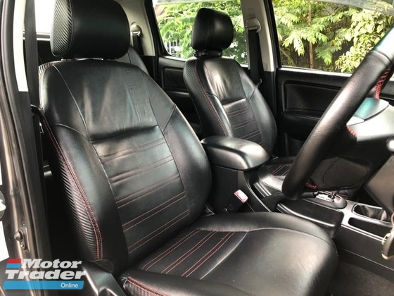 2016 TOYOTA HILUX DOUBLE CAB 2.5G (AT) LIMITED TRD LEATHER SEAT LOW MILEAGE ONE OWNER NO OFF ROAD