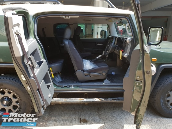 2014 TOYOTA FJ CRUISER OFFROAD PACKAGE