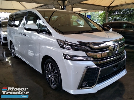 2017 TOYOTA VELLFIRE 2.5 ZG SUNROOF POWER BOOT SEMI LEATHER MEMORY PILOT SEATS  AUTO CRUISE CONTROL