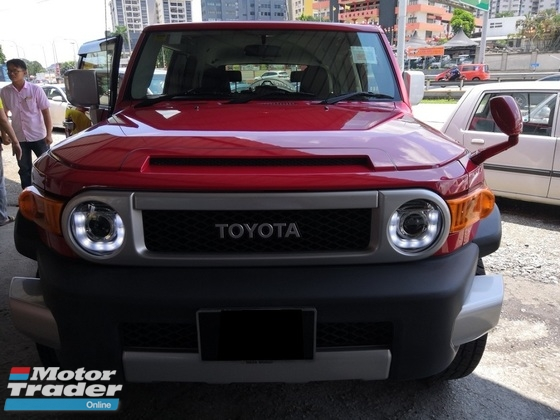 2015 TOYOTA FJ CRUISER 4.0(A)R/CAMERA GPS LED LAMP