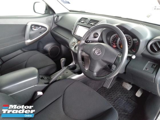 2007 TOYOTA RAV4 2.4 VVTi CVT 7-Speed Push Start Button Premium Spec