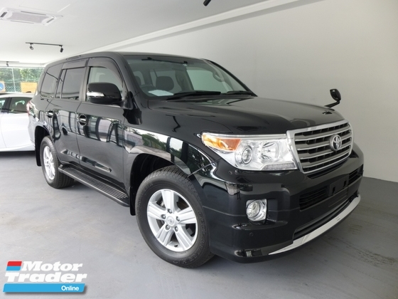 2014 TOYOTA LAND CRUISER 4.6 AX.G ZX. Price NEGOTIABLE. Provide Highest LOAN. Provide WARRANTY n After SALE Service. Prado