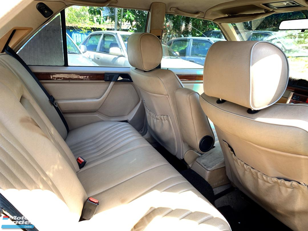 1995 MERCEDES-BENZ E-CLASS E280 2.8 Masterpiece FULL Spec(AUTO)1995 Only UNCLE Owner, LOW Mileage, TIPTOP, ACCIDENT-Free, DIRECT-Owner, with FULL LEATHER Seat