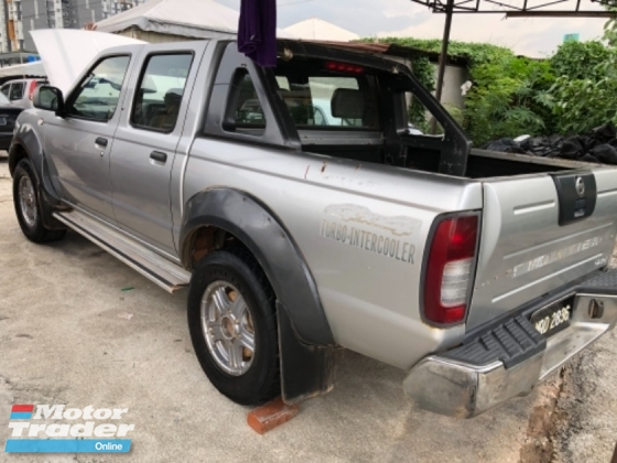 2007 NISSAN FRONTIER 4x4 manual