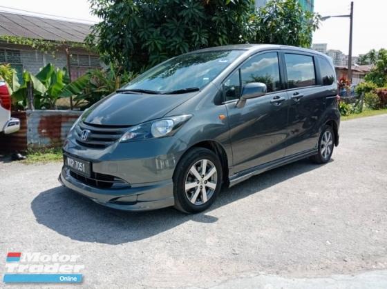 2013 HONDA FREED 1.5 L I-VTEC (A)