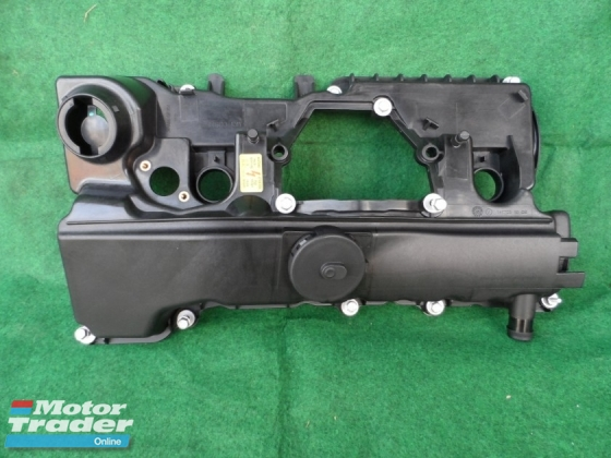 BMW E90 VALVE COVER (NEW)