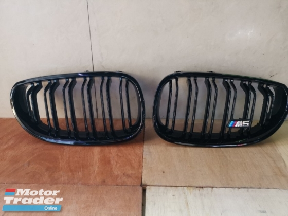 BMW E60 M5 GRlLLE BLACK 0EM