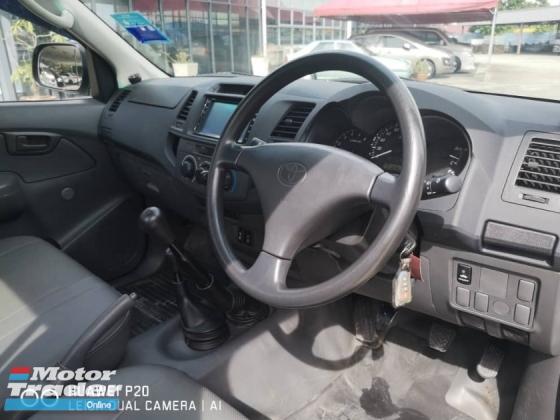2011 TOYOTA HILUX 2.5 (M) Turbo Diesel