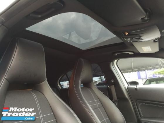 2014 MERCEDES-BENZ A-CLASS A180 Panoramic roof Unreg