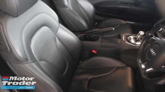 2012 AUDI R8 5.2FSI QUATTRO