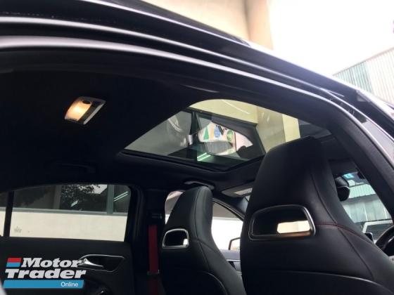 2014 MERCEDES-BENZ A-CLASS A250 AMG  Panaromic Roof  H/Kardon