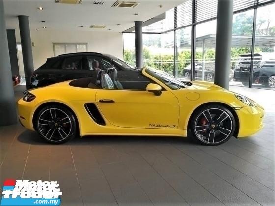 2018 PORSCHE 718 Boxster S 2.5 Turbo 6K Miles Porsche UK Pre Owned Mega Spec