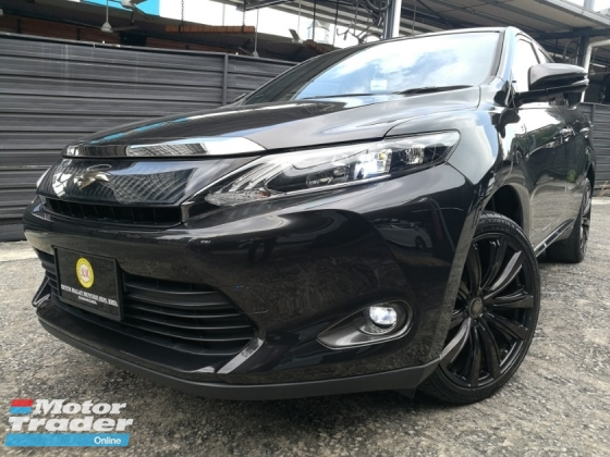 2014 TOYOTA HARRIER TOYOTA HARRIER 2.0 ELECTRICAL SEAT TWO TONE LEATHER 19 ALLOY WHEELS UNREG 14