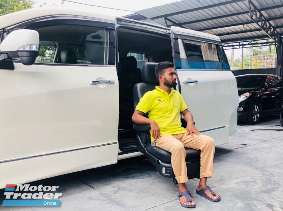 2015 NISSAN ELGRAND  250 HIGHWAY STAR WELCAB
